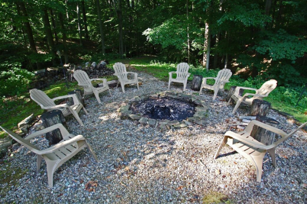 firepit with seating all around area