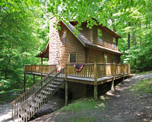 Lincoln cabin hocking hills old man 39 s cave ohio for Little pine cabin hocking hills