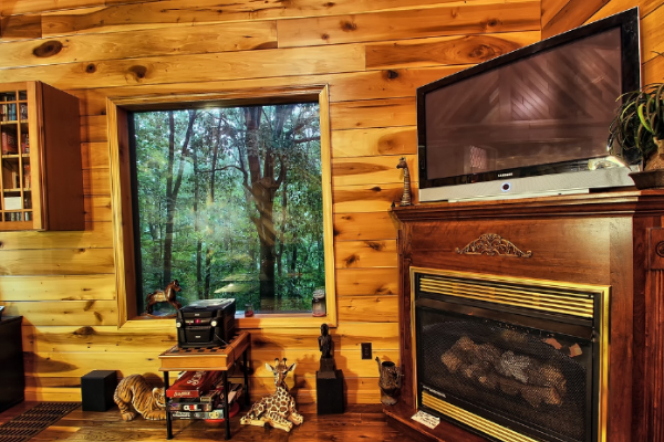 Man Cave With Fireplace : Olive branch cabin hocking hills old man s cave ohio